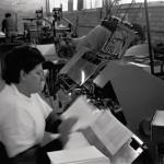 Funcionaria Trabalhando - 01-008-1989